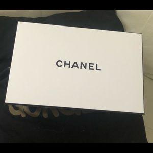 Chanel Box 8.5 x 5.5